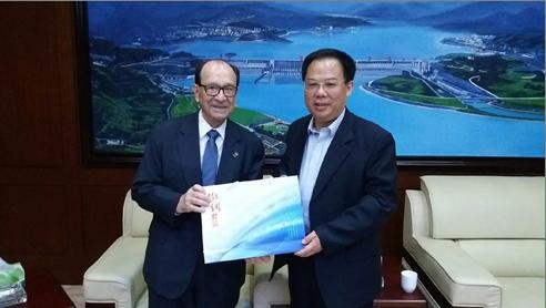 President XU Hui (Hohai Univ) and Jorge Spitalnik