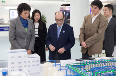 Jorge Spitalnik and Ruomei Li visiting Jiangsu industrial innovation research institute (JIE)