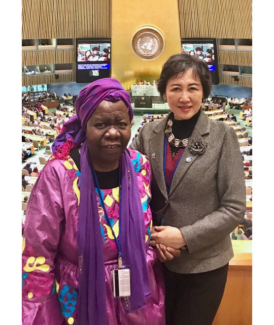 Ruomei LI with Queen Mother Dr. Delois Blakely from New Future Foundation in CSW62, 12 March 2018