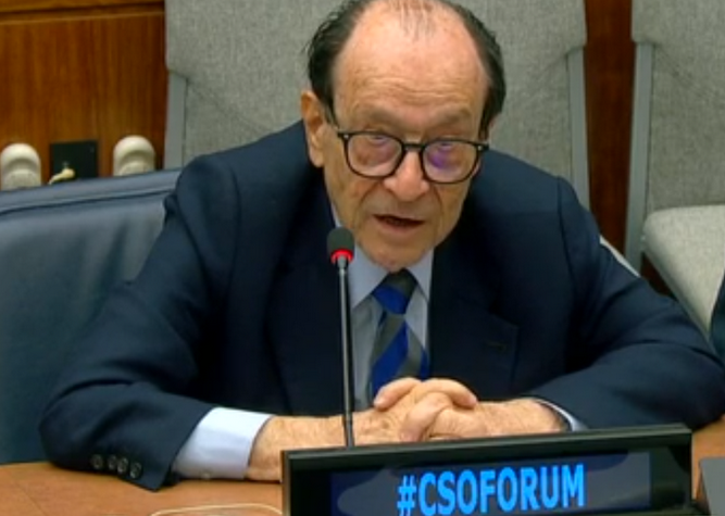 Former WFEO President Jorge Spitalnik intervening at Civil Society Organization Forum